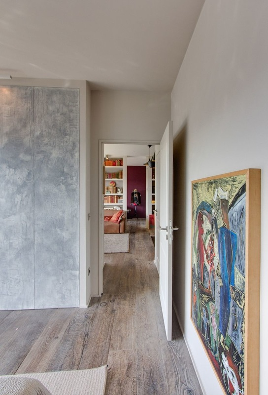 sur les rives de la seine moody 39 s home. Black Bedroom Furniture Sets. Home Design Ideas